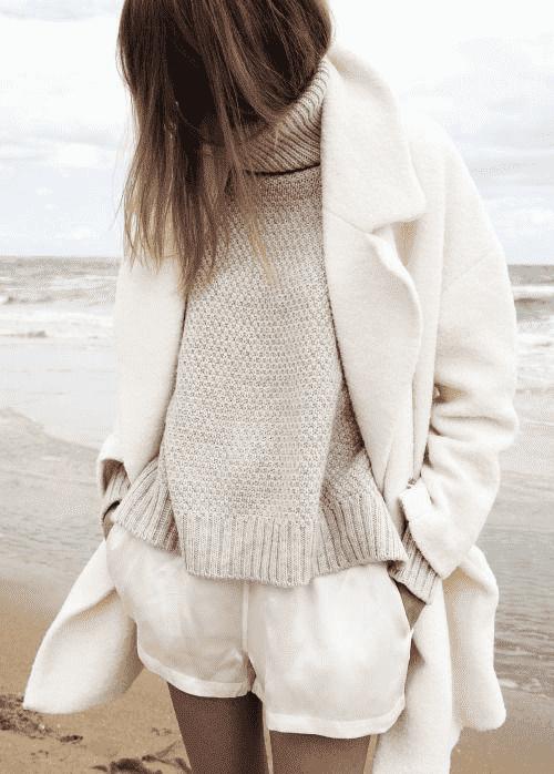 白色呢子大衣搭配 化身优雅纯白魅力佳人
