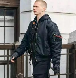 男生冬天穿衣搭配技巧 秋冬的男裝搭配法分分鐘變型男