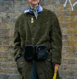 长款大衣配什么围巾 随心所欲包裹缔造时尚魅力