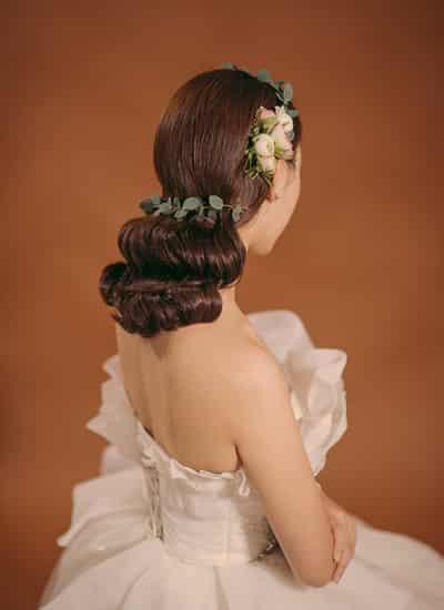 2015圆脸韩式新娘发型图片