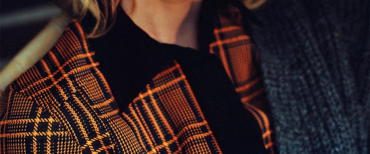 作为百搭的最佳单品之一,即使在寒冷的冬天,衬衣的存在感也是不容忽视的,而显得更加具有朝气也是搭配的目标之一,今天就来看看如果想要给人蓬勃的印象,冬季怎么搭配衬衫吧。