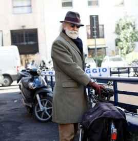 男士灯芯绒裤子搭配 不要只盯着牛仔裤