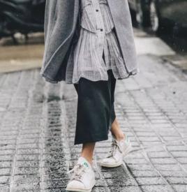 潮流新审美,气质普通的运动鞋凭什么赢得了大衣的青睐
