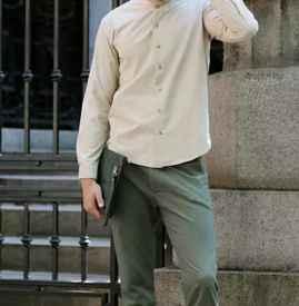 男士卡其色衬衫搭配 绅士也爱这么穿