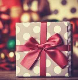 新年送什么礼物给女朋友 只要是节日就要做好送礼的准备