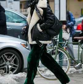羊羔绒外套搭配阔腿裤 别再盯着牛仔裤不放了
