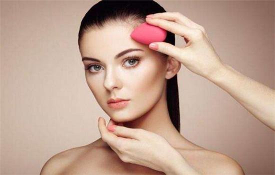 化妆实用小技巧 提升颜值的方法