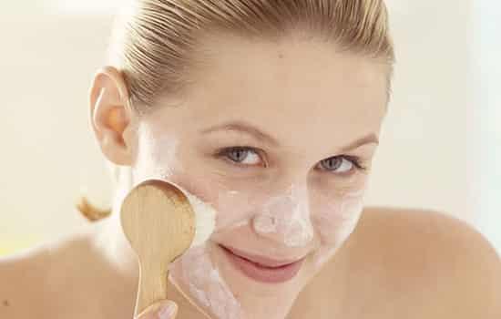 洁容霜的功效 卸妆去角质都可以