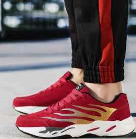 男士红色鞋子搭配全身 百搭不是没有可能