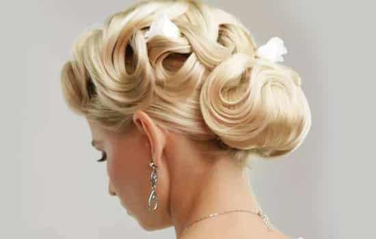 配旗袍的发型 高雅柔美又复古