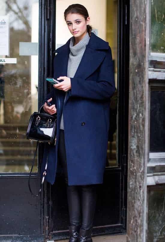 深蓝色衣服配什么裤子 深蓝穿衣不逊色于黑色