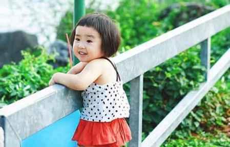 适合小女孩的短发 俏皮可爱童趣十足