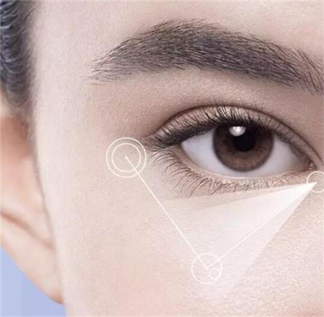 15g的眼霜能用多久 够2-3个月的眼周护理