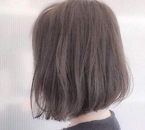 适合圆脸女生的短头发 这几款发型很不错