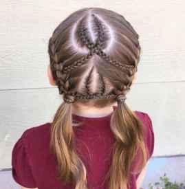 女孩子扎头发简单又可爱的样式 这四款小仙女发型真的不试试吗