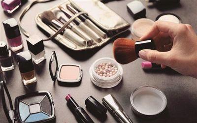 过期化妆品属于什么垃圾 过期化妆品的危害