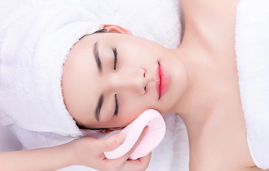 美容液在哪个步骤使用 美容液的功效
