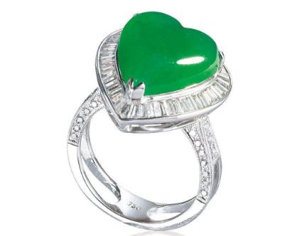 送女朋友翡翠戒指