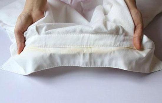 白t怎么洗白?怎样将发黄的衣服洗白呢?