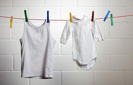 白色衣服放久了发黄怎么洗白