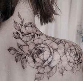 纹身掉皮期间如何保养