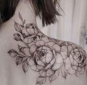 紋身掉皮期間如何保養 紋身前注意事項