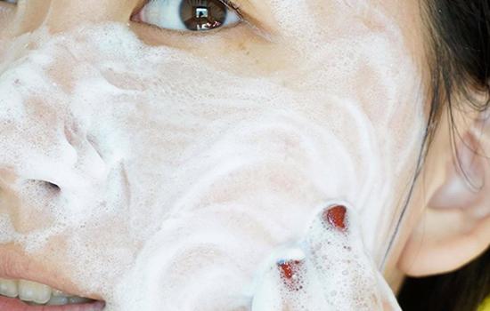 洗面奶洗脸洗多久 洗面奶洗脸注意事项