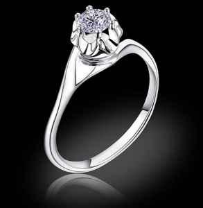 求婚戒指上刻什么字好