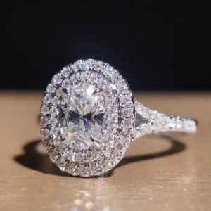 鸽子蛋钻石是什么意思