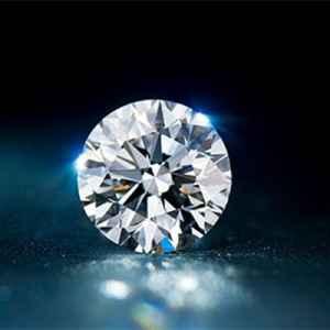 钻石火彩怎么看