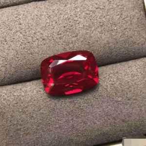 鸽血红宝石多少钱一克拉 鸽血红宝石什么样的值钱