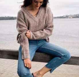 v領毛衣怎么搭配 這些搭配除了時髦沒有缺點