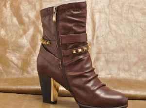 冬天靴子加绒的好还是不加绒的好 靴子加绒也有缺点的