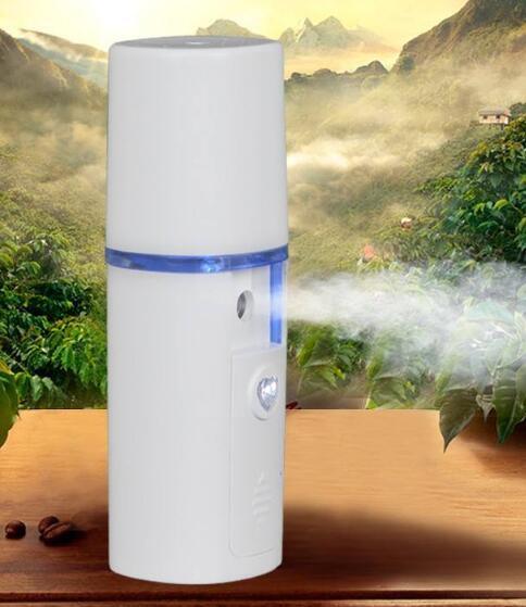 纳米喷雾补水仪用什么水 补水仪适合哪些人补水