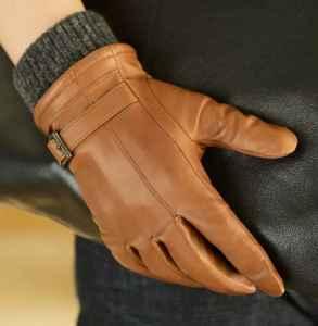 什么手套冬天带上不冷 皮手套是保暖界的顶梁柱之一