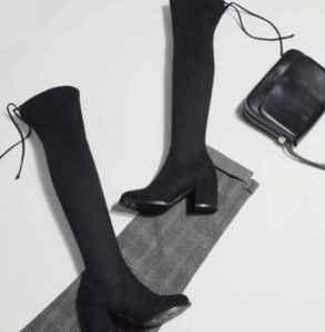 绒面过膝靴下滑小妙招 穿长袜可以防止靴筒下滑