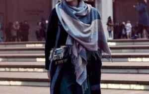 围巾什么时候可以带 不同季节围巾材质不同