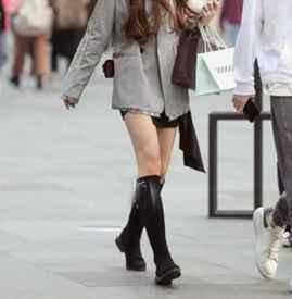 """小西装和裙子配什么鞋子 春天最流行的""""软配硬""""穿法"""