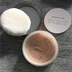 硅胶粉扑怎么用散粉 这样做妆感更轻薄自然