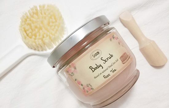 磨砂膏属于化妆品吗 护肤品和化妆品有何区别