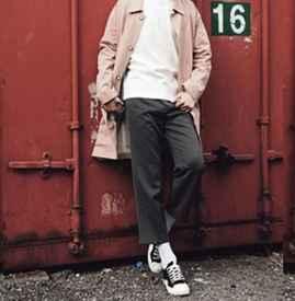 男風衣配什么褲子和鞋子 這么搭配帥氣又拉風