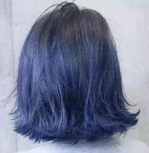蓝黑色头发褪色后啥样 蓝黑色褪色快吗