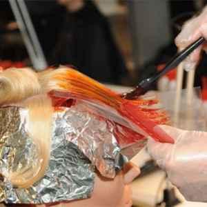 染过的头发会越洗越浅吗 如何减轻头发掉色