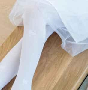 白色打底袜染色了怎么办 不妨试试这几个方法