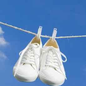 白色的鞋子用什么清洗更白 如何避免变黄