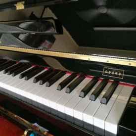 国产钢琴哪个牌子好 两万左右的钢琴怎么选