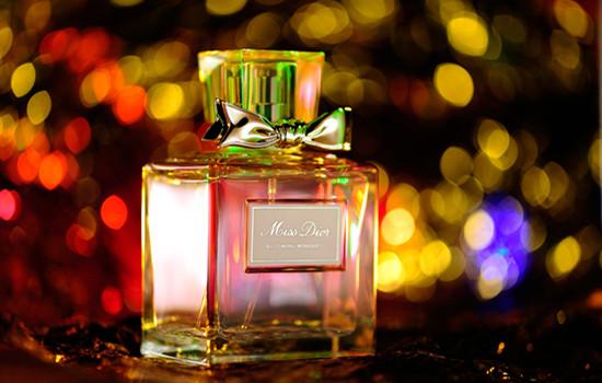 香水起源于法国图片
