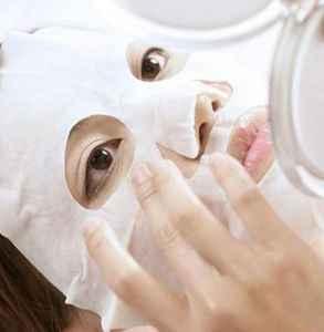 脸部缺水的时候敷面膜就有刺痛感么 刺痛感是为什么