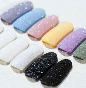 美甲砂糖粉以后還封層嗎 哪些美甲顏色適合夏天