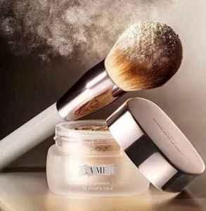 用刷子上散粉怎么避免刷痕 化妆刷什么毛最好